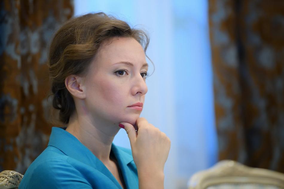 Решаются вопросы дальнейшего жизнеустройства детей из Ленинградской области