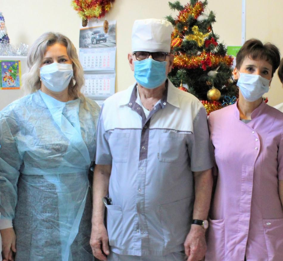 Рождественские подарки маленьким пациентам Брянской областной детской больницы