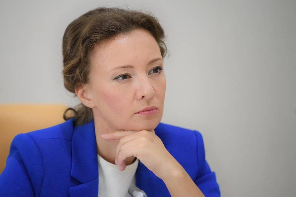Анна Кузнецова обратится в Генпрокуратуру и СК РФ с целью проверки информации о случаях насилия над детьми в монастыре на Урале