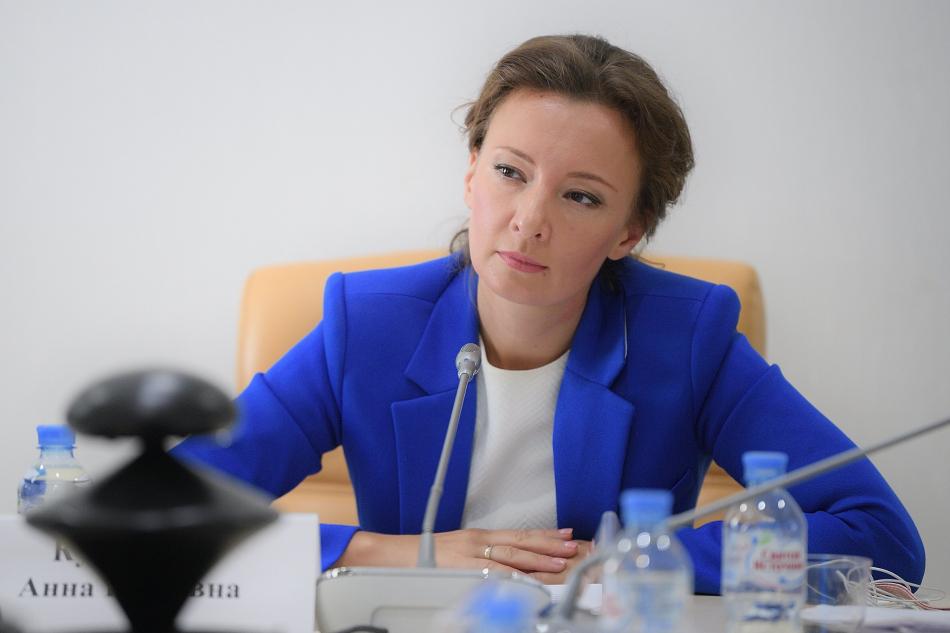 Анна Кузнецова помогла отстоять право ребенка-инвалида на бесплатные средства реабилитации