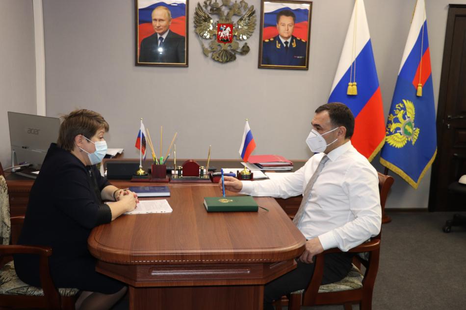 Рабочая встреча Уполномоченного по правам ребенка в ЕАО  с Прокурором области.